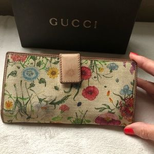 Gucci Bags - GUCCI Leather & Flora Canvas Bamboo Wallet Clutch